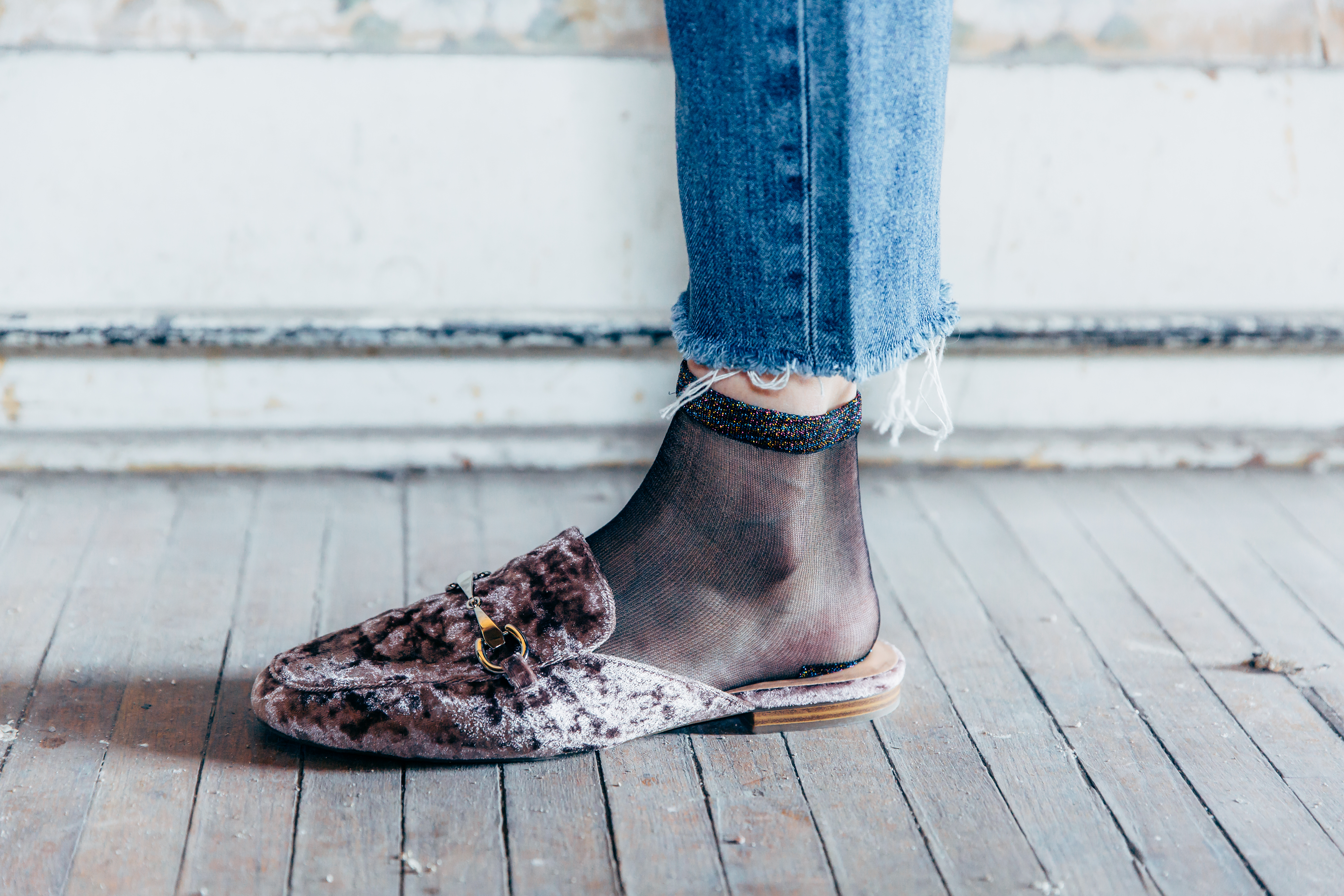 Velvet loafer with Daytrip Mesh Socks | How To Style Socks With Shoes