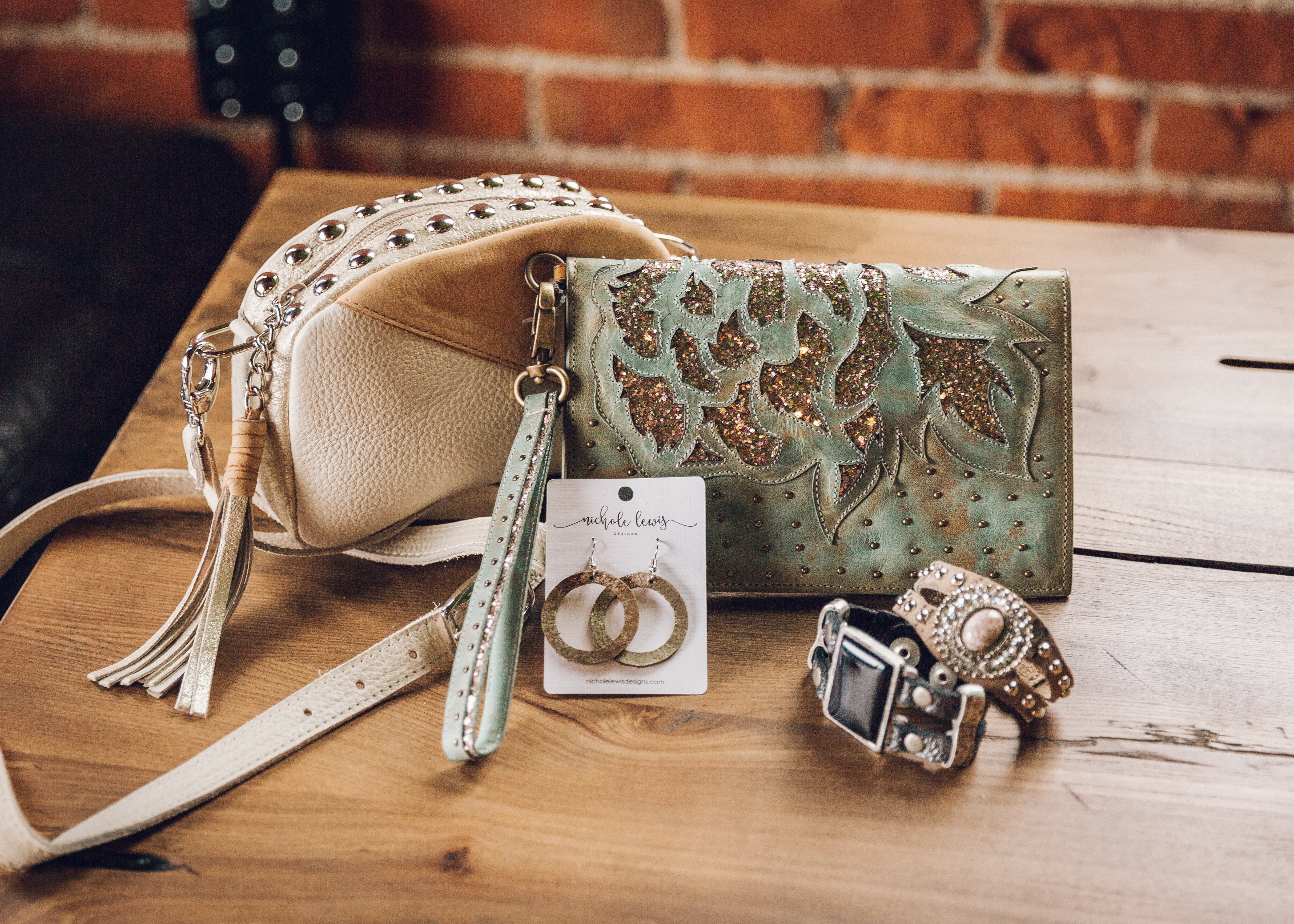 Real leather accessories from Buckle