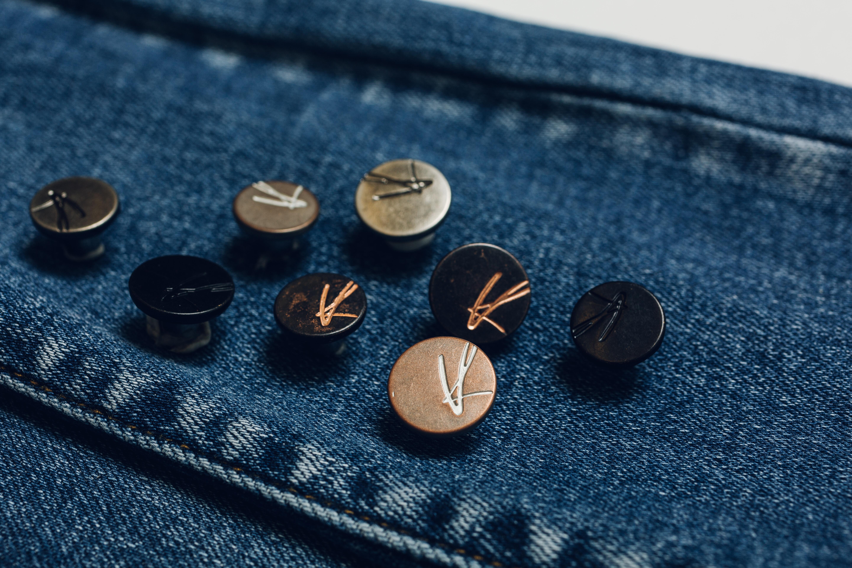 KanCan Signature Jeans Buttons