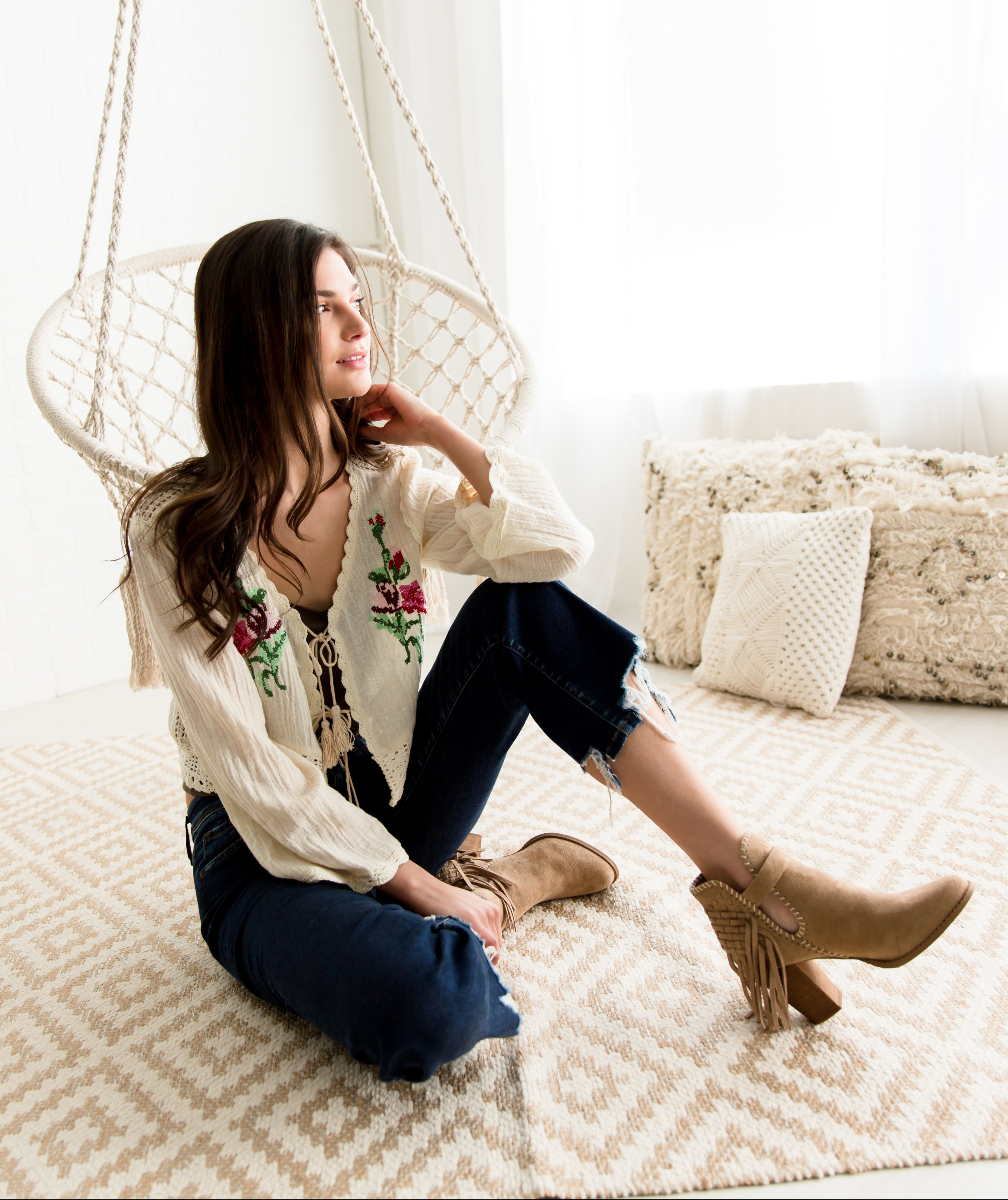 Western Bogo Outfit From Buckle featuring a Gimmicks embroidered floral kimono and Very G fringe ankle boots.