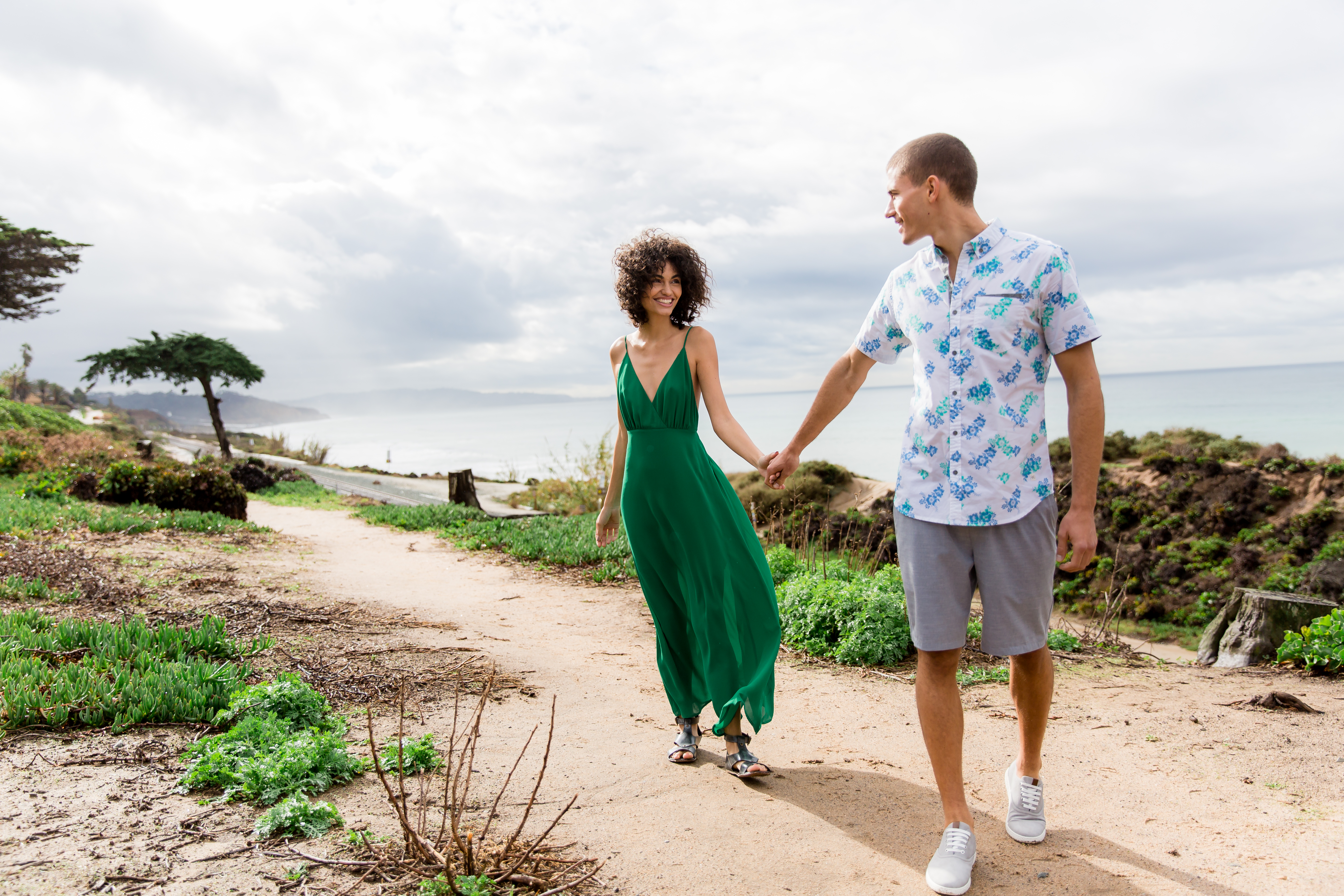 Men's and Women's Vacation Outfits From Buckle