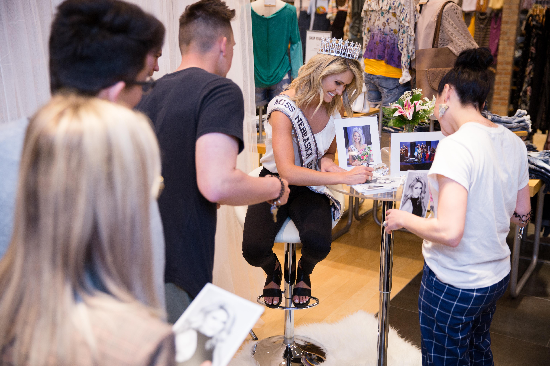 Miss Nebraska USA, Lex Najarian, in-store fan meet and greet at Buckle in Hilltop Mall in Kearney Nebraska