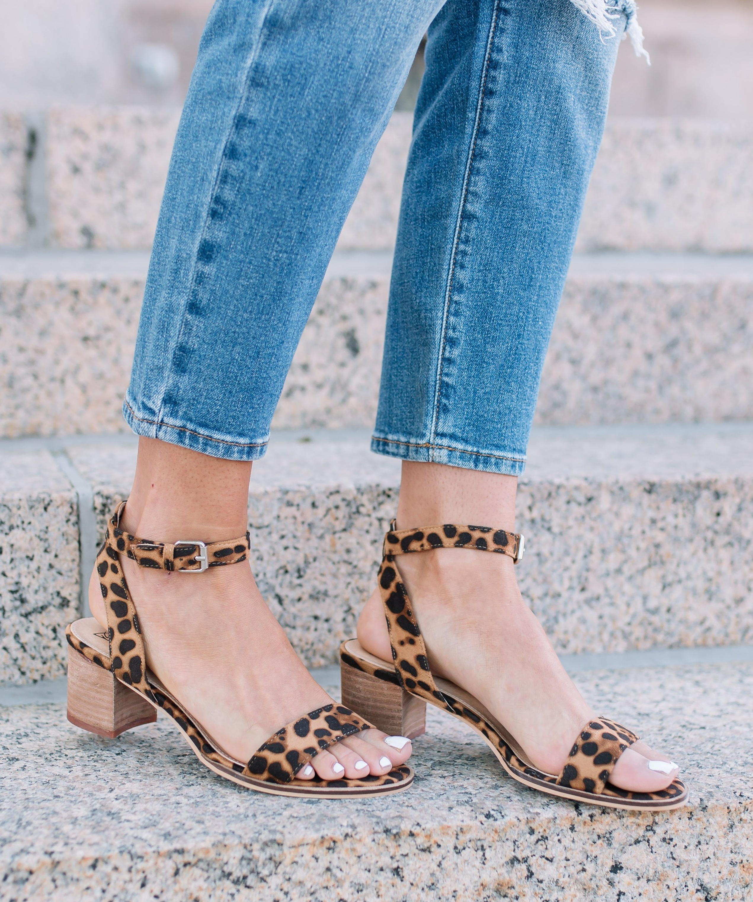 Women's Beast Fashion Cheetah Print Block Heels