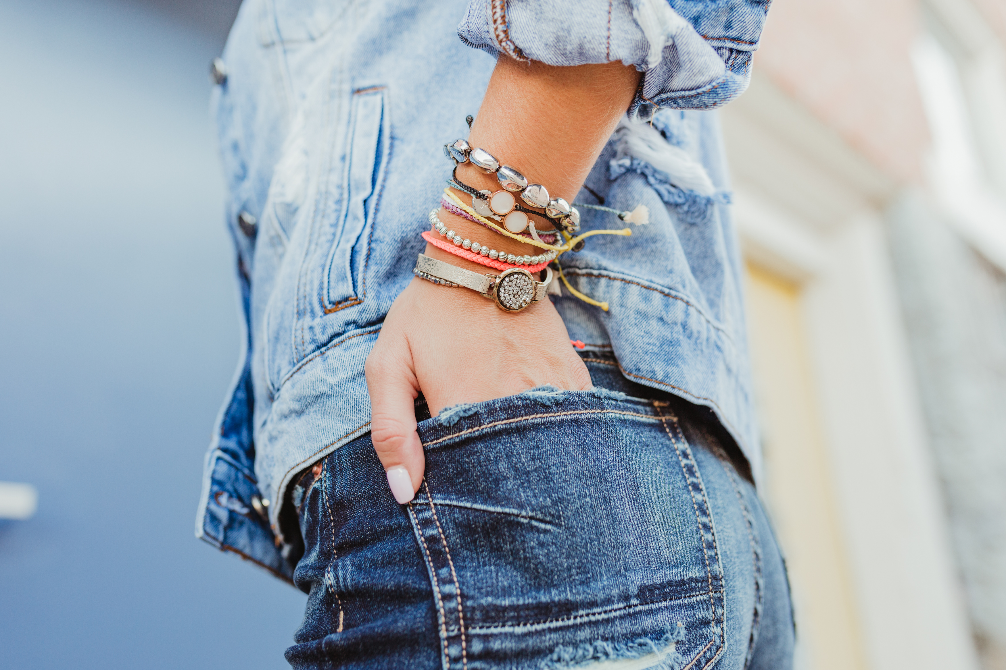 did someone say arm party? We love the way we can mix and match give back brands like Pura Vida with a little glam from BKE